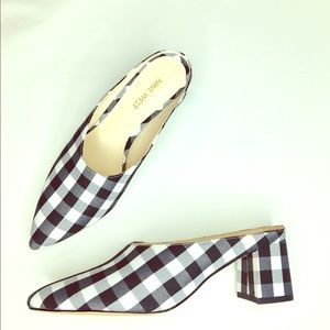 NEW Nine west Buffalo Check Pointed Mules